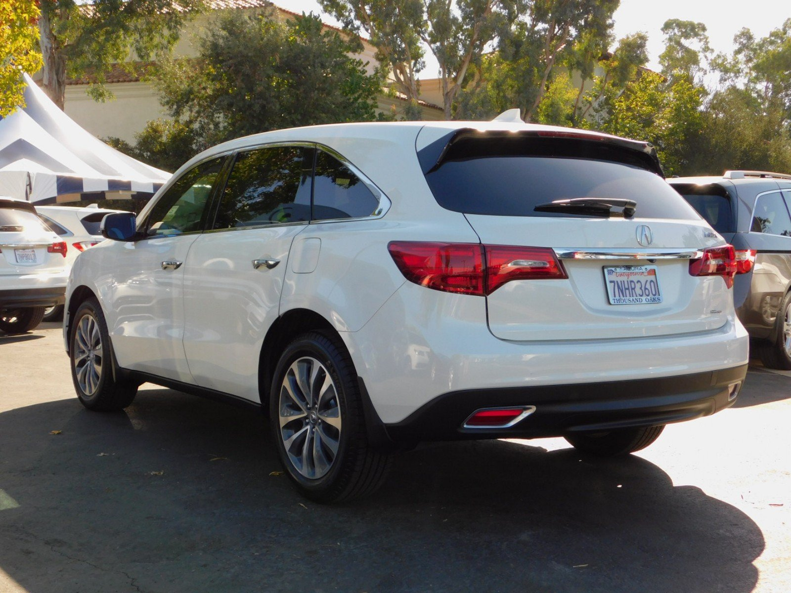 Certified Pre Owned 2016 Acura MDX SH AWD with Technology and